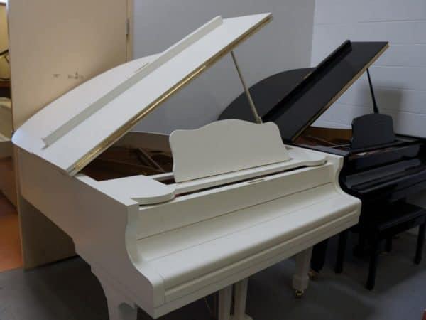 baby grand piano stegler