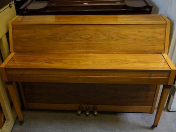calisia piano for sale
