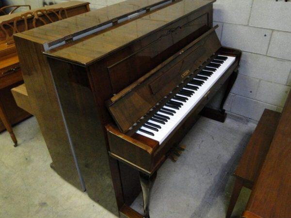 calisia upright used piano
