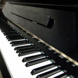 yamaha upright piano sale