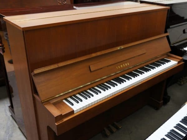 yamaha upright used piano toronto